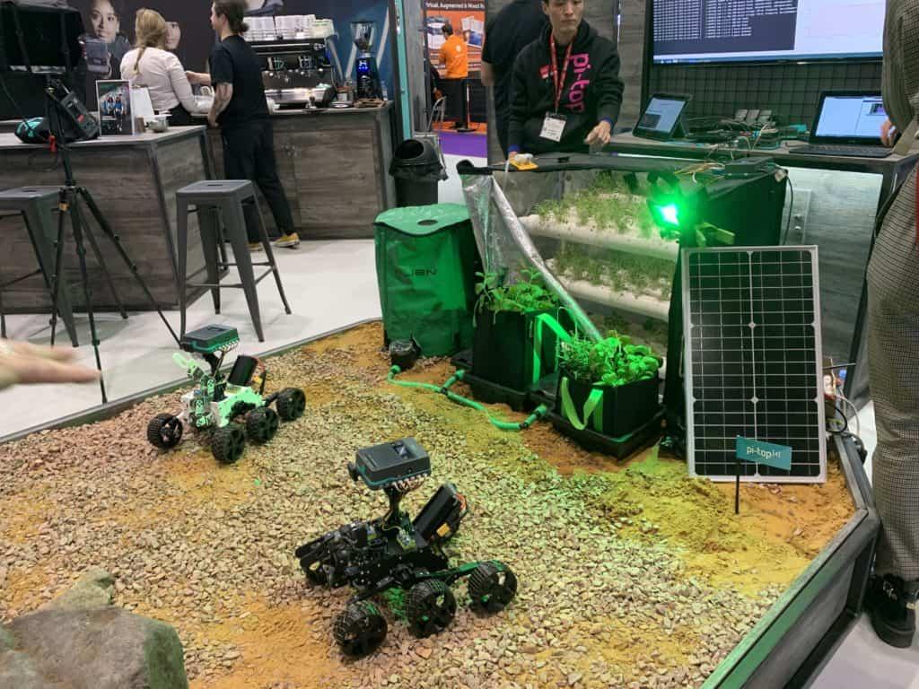 Mars rover & plant pod